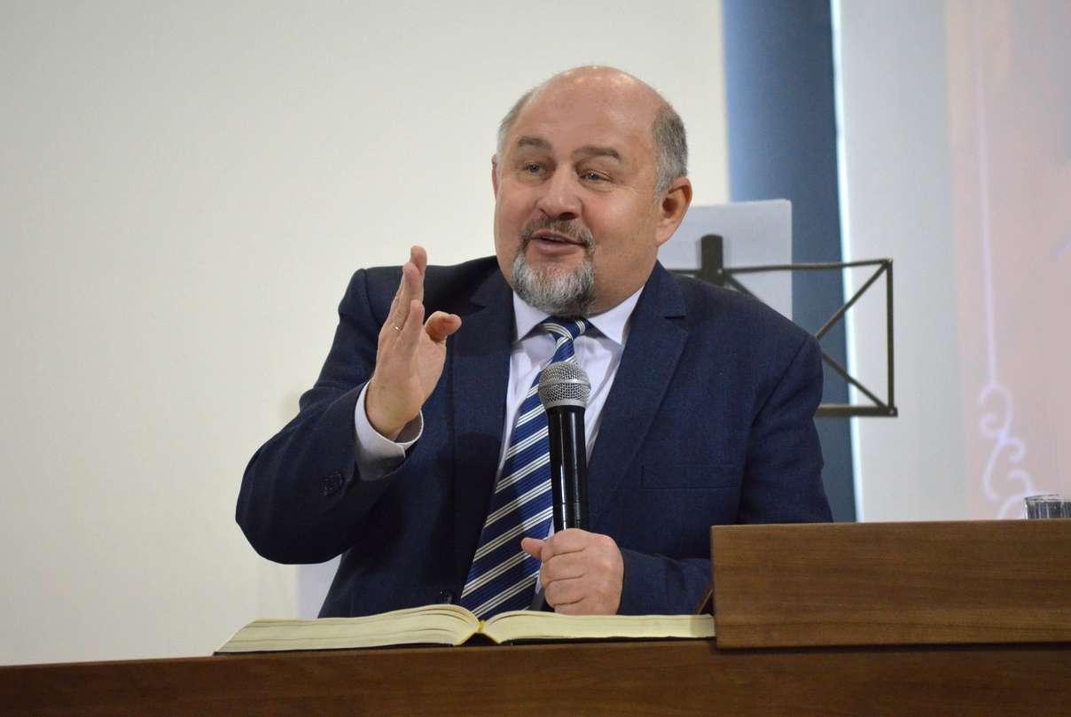 Григорий Тропец | Я занят важным делом!